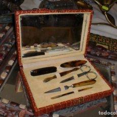 Antigüedades: PRECIOSA CAJITA DE UTENSILIOS PARA MANICURA MUJER - PRIMERA MITAD XX. Lote 100520127