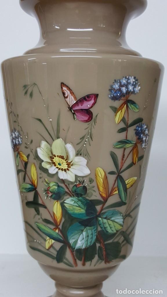 Antigüedades: Preciosa pareja de floreros opalina y esmaltes. Finales siglo XIX. - Foto 6 - 100526823