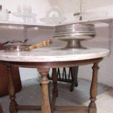 Antigüedades: MESA REDONDA MADERA/PIEDRA. Lote 100536187