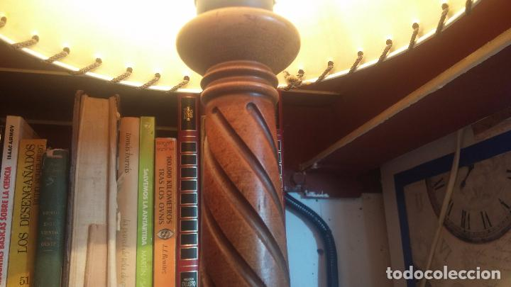 Antigüedades: Estupenda lampara de sobremesa en madera, muy acogedora. - Foto 3 - 100554723