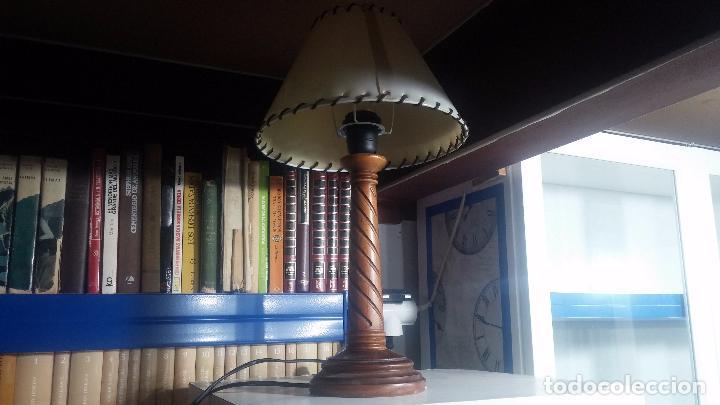 Antigüedades: Estupenda lampara de sobremesa en madera, muy acogedora. - Foto 8 - 100554723