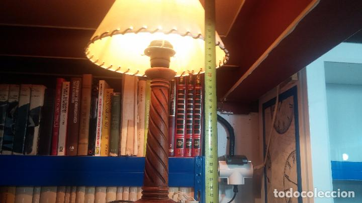 Antigüedades: Estupenda lampara de sobremesa en madera, muy acogedora. - Foto 23 - 100554723