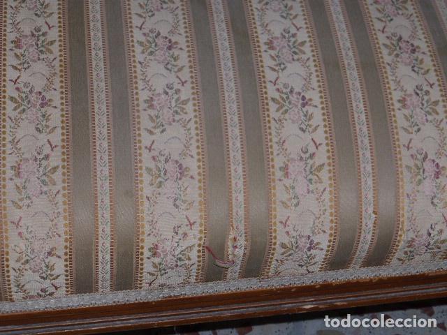 Antigüedades: ANTIGUO SOFA DE DOS PLAZAS EN MADERA TALLADA Y TAPIZADO - Foto 4 - 100580547