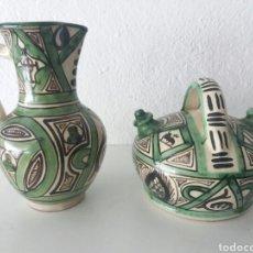 Bonito conjunto botijo y jarra de ceramica antigua punter Teruel firmado