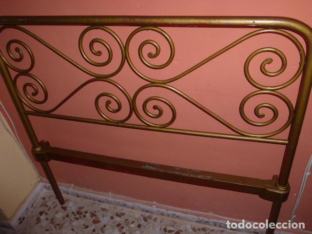 Antigüedades: ANTIGUO CABEZAL DE CAMA DE HIERRO - Foto 5 - 100595507