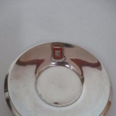 Antigüedades: BANDEJITA - TARJETERO - PLATA DE LEY, CON CONTRASTES - ESCUDO DE GERONA (GIRONA). Lote 100619055