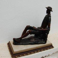 Antigüedades: FIGURA DE DON QUIJOTE EN RESINA O GRAFENO CON BASE DE MARMOL AÑOS 70 . Lote 100640699