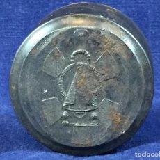 Antigüedades: TROQUEL MATRIZ CUÑO ORFEBRE PARA FABRICAR MEDALLA VIRGEN S XX ACERO 4,5X3,5CM. Lote 100700295