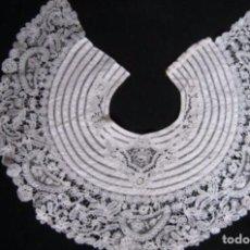 Antigüedades: ANTIGUA CAPELINA DE ENCAJE DE BRUSELAS S. XIX. IDEAL CUELLO/TOCADO VIRGEN. Lote 100524906