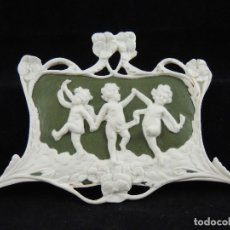 Antigüedades: PLACA BISCUIT WEIDWOOD ART-NOUVEAU. Lote 100716303