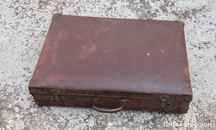 Antigüedades: MALETA ANTIGUA CON INICIALES - Foto 3 - 100757139