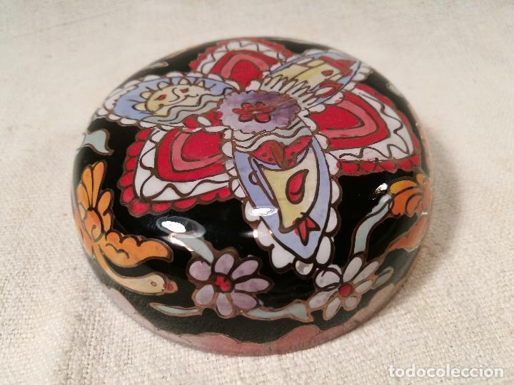 Antigüedades: Cuenco de cristal esmaltado. FIRMADO Royo. PLATO - Foto 3 - 100757143