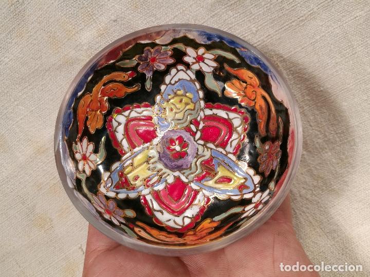 Antigüedades: Cuenco de cristal esmaltado. FIRMADO Royo. PLATO - Foto 6 - 100757143