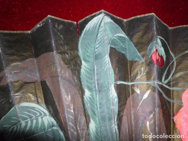 Antigüedades: ANTIGUO ABANICO ORIENTAL CON APLICACIONES DE SEDA - Foto 3 - 100784563