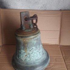 Antigüedades: CAMPANA ANTIGUA ESPAÑOLA DE BRONCE SIGLO XVIII XIX MUY DETALLADA EXCELENTE SONIDO DE COLECION . Lote 100987927