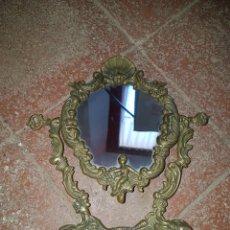Antigüedades: ANTIGUO ESPEJO TOCADOR BRONCE. Lote 100997068