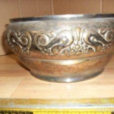 Antigüedades: ANTIGUO CENTRO DE MESA-BRONCE. Lote 101025911