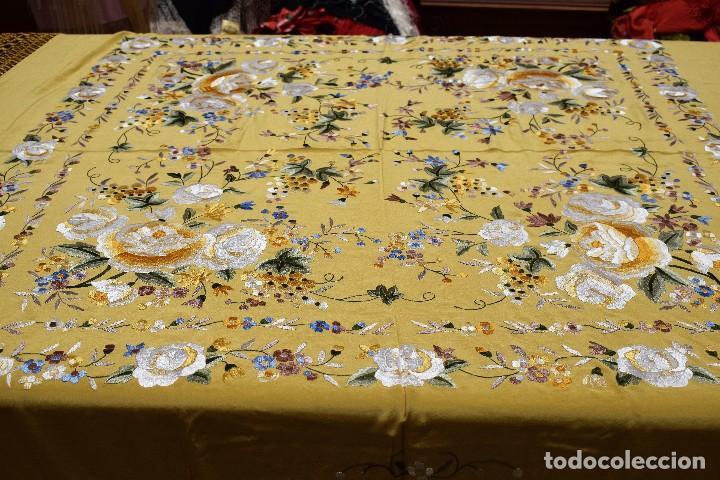Antigüedades: Manton de Manila seda bordada a mano - Foto 10 - 118908934