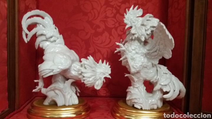 PAREJA GALLOS GRANDES PORCELANA ALGORA PERFECTO ESTADO (Antigüedades - Porcelanas y Cerámicas - Algora)