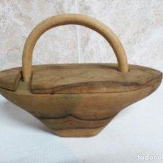 Antigüedades: SALERO DE MADERA RUSTICO. Lote 101149899