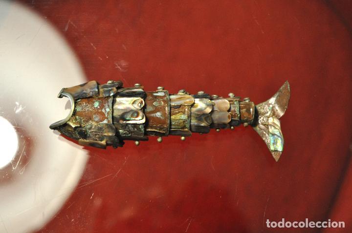 Antigüedades: PEZ DE METAL ARTICULADO ( SE MUEVE LA COLA COMO UNA SERPIENTE) - Foto 3 - 101208651