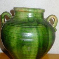 Antigüedades: OLLA U ORZA CATALANA VIDRIADA EN VERDE ALFARERIA POPULAR EXTINGUIDA CATALUÑA. Lote 101247383