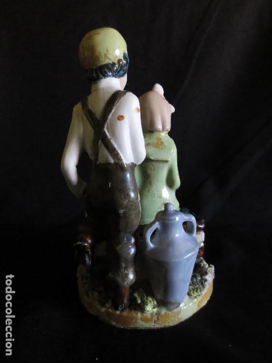Antigüedades: FIGURA DE DOS NIÑOS DE PORCELANA, FIRMADA POR RAMON INGLES VALENCIA - Foto 3 - 101359399