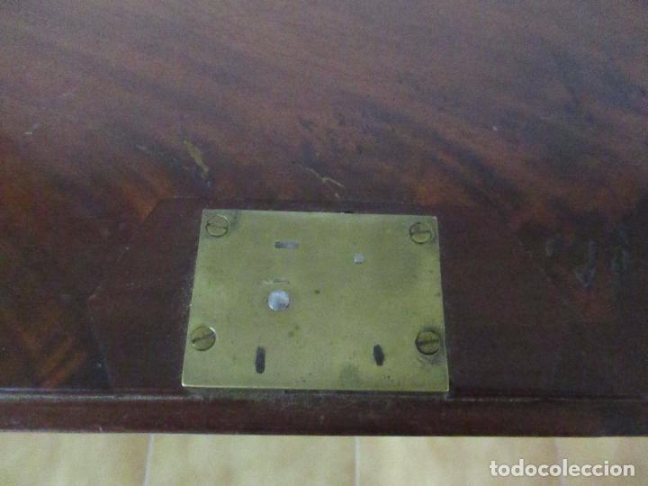 Antigüedades: Antiguo Buro - Canterano - Escritorio - Estilo Victoriano - Madera de Caoba - Finales S. XIX - Foto 23 - 101361691