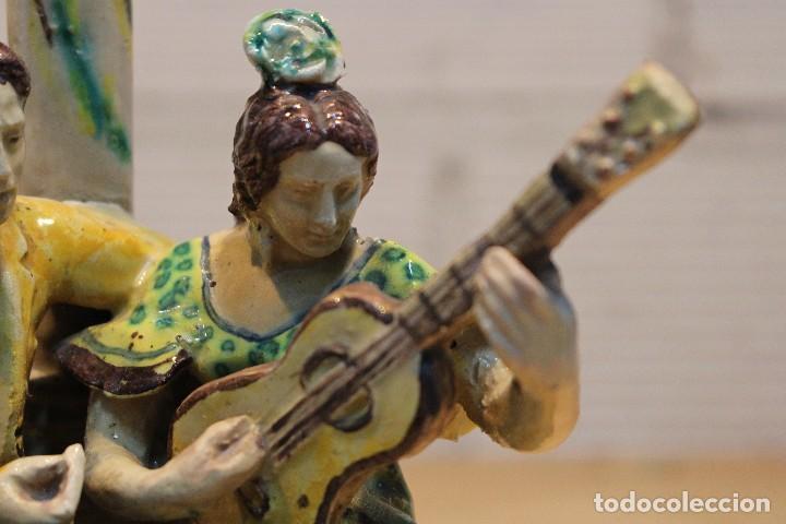 Antigüedades: Cantaor y flamenca a la guitarra. Firmada, Triana siglo XIX - Foto 4 - 101373435