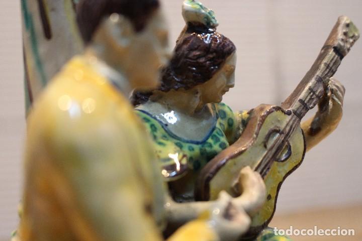 Antigüedades: Cantaor y flamenca a la guitarra. Firmada, Triana siglo XIX - Foto 16 - 101373435
