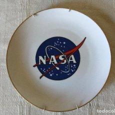 Antigüedades: PLATO PINTADO A MANO RECUERDO DE LA NASA EE. UU.. Lote 101385551