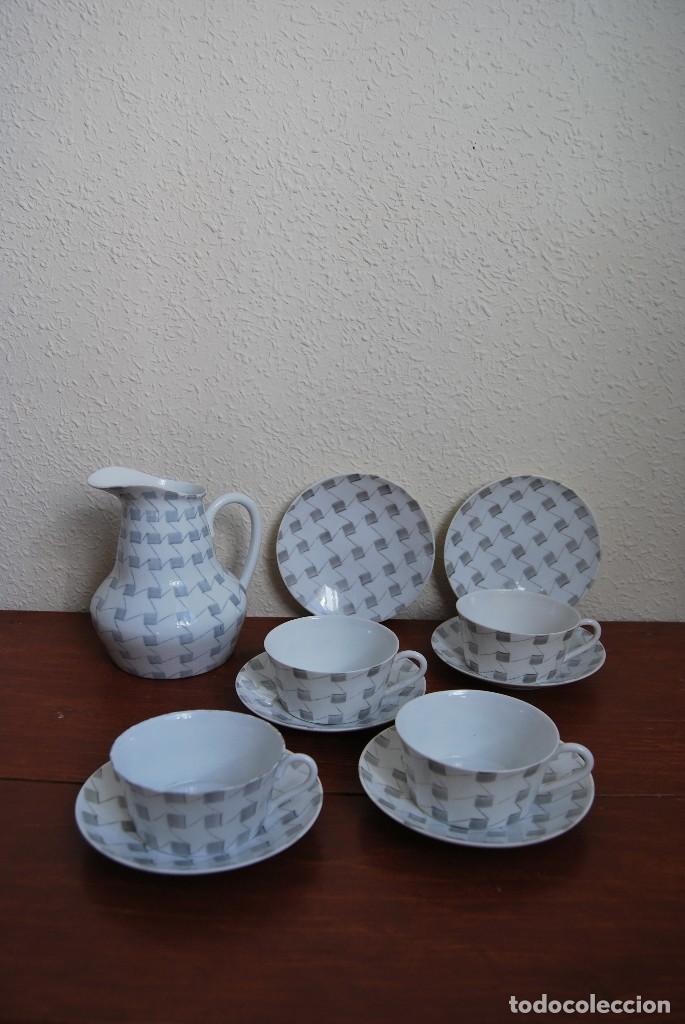 JUEGO DE CAFÉ O TÉ DE PORCELANA CASTRO - JARRA, TAZAS Y PLATOS - AÑOS 50-60 - SARGADELOS (Antigüedades - Porcelanas y Cerámicas - Sargadelos)