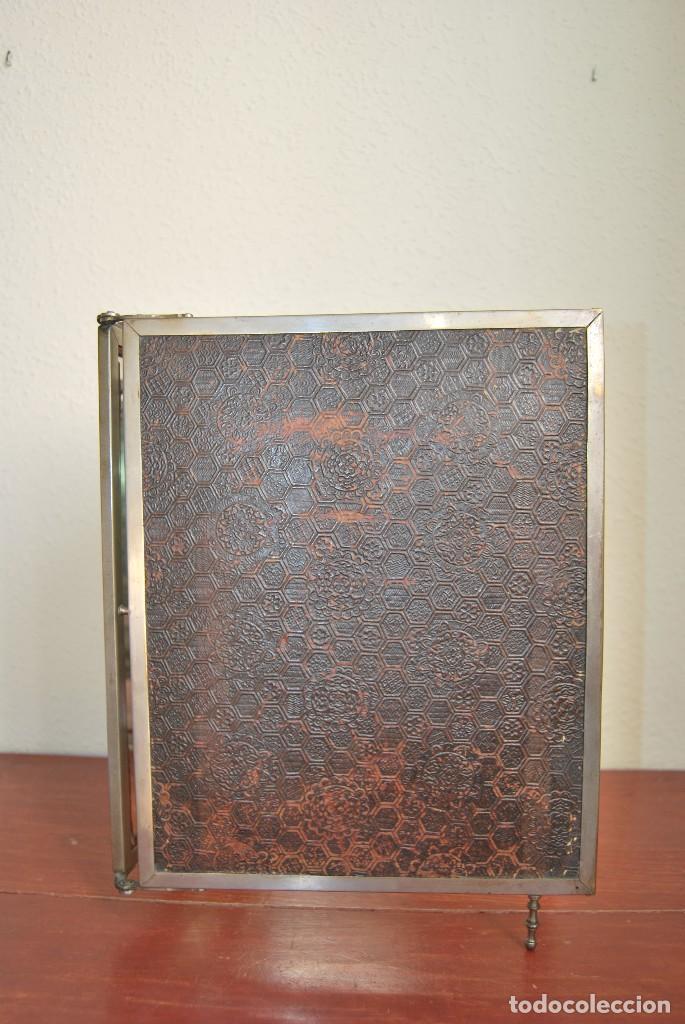 Antigüedades: ESPEJO TRÍPTICO - MARCO METAL - CUATRO ESPEJOS, CELULOIDE Y SÍMIL PIEL - ÓLEO - BREVETE - S.XIX - Foto 16 - 101434283