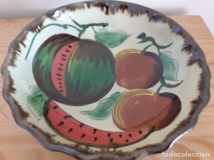 Antigüedades: Gran plato cerámica la Bisbal - Foto 2 - 101483647