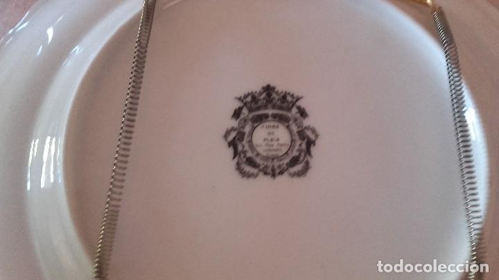 Antigüedades: Precioso plato con el escudo de bajar con oro de ley. - Foto 3 - 101546699
