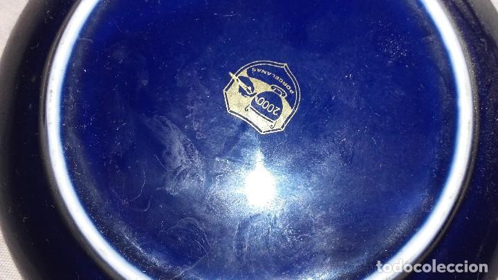 Antigüedades: Plato de porcelana azul cobalto y oro de ley,teatro romano de mérida badajoz. 2000 porcelanas. - Foto 3 - 101549075
