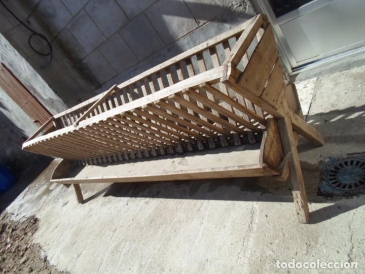 Antigüedades: comedero de madera ganaderia - Foto 2 - 101667923