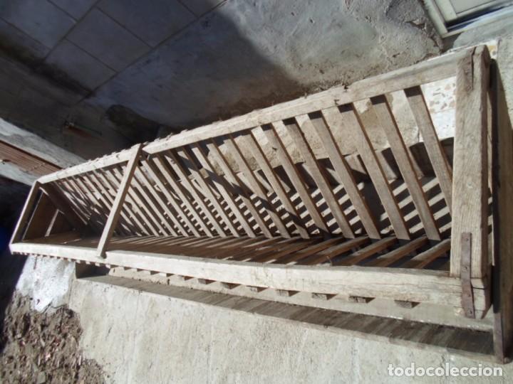 Antigüedades: comedero de madera ganaderia - Foto 3 - 101667923