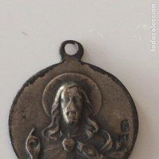 Antigüedades: ANTIGUA MEDALLA SAGRADO CORAZON Y VIRGEN. Lote 101737244
