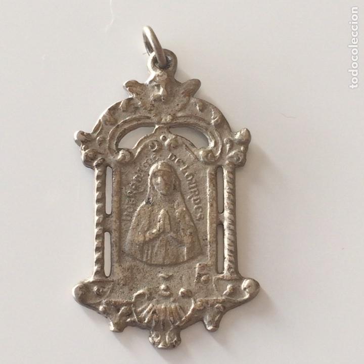 MEDALLA VIRGEN 3,5X1,5CM (Antigüedades - Religiosas - Medallas Antiguas)