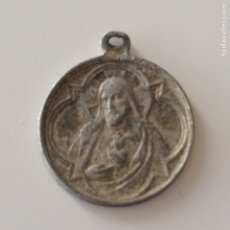 Antigüedades: MEDALLA 2X2CM. Lote 101742142