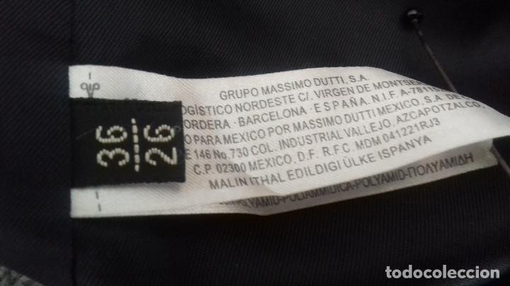 Antigüedades: BONITO ABRIGO COLOR GRIS, DE MAXIMO DUTTI. COMPOSICION 56 DE LANA, 38 VISCOSA Y 6 POLIDAMIDA. - Foto 10 - 101768491