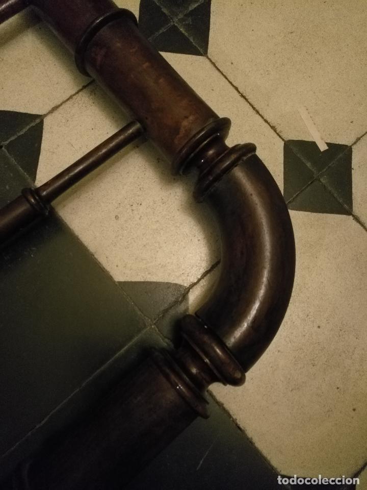 Antigüedades: CAMA DE MADERA ANTIGUA TORNEADA - Foto 5 - 101781463