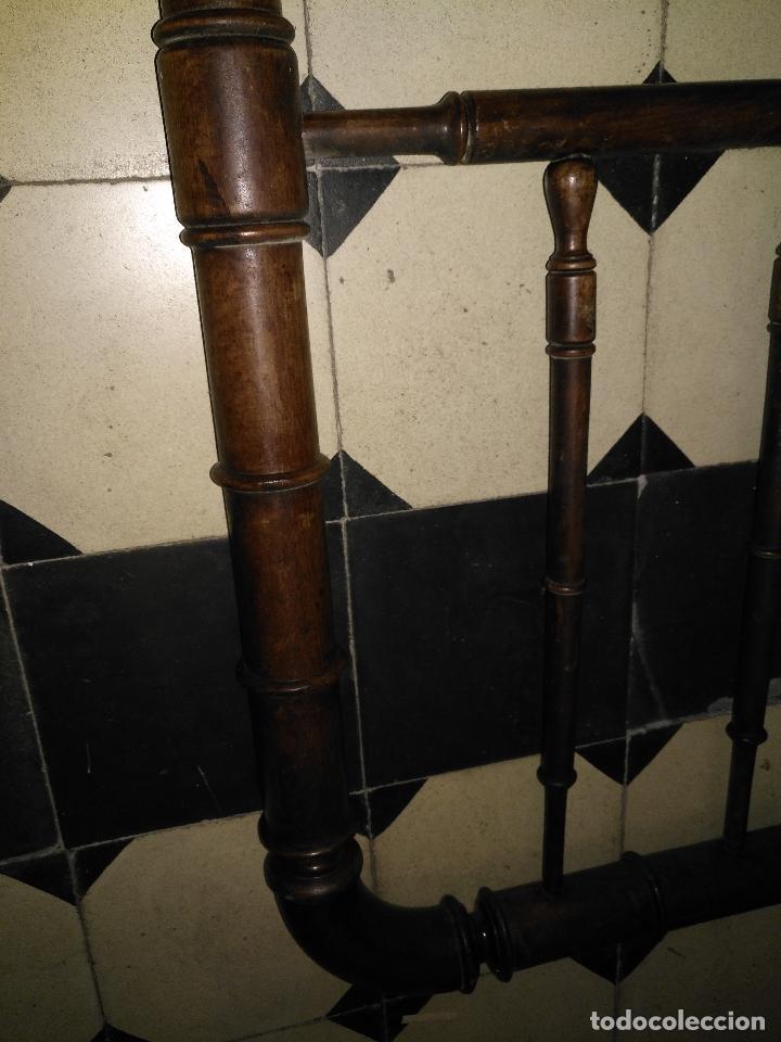 Antigüedades: CAMA DE MADERA ANTIGUA TORNEADA - Foto 13 - 101781463