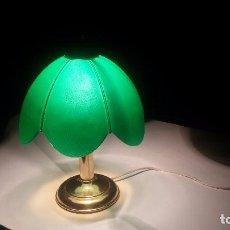 Antigüedades: BONITA LAMPARA QUINQUÉ DE SOBREMESA.. Lote 101786867