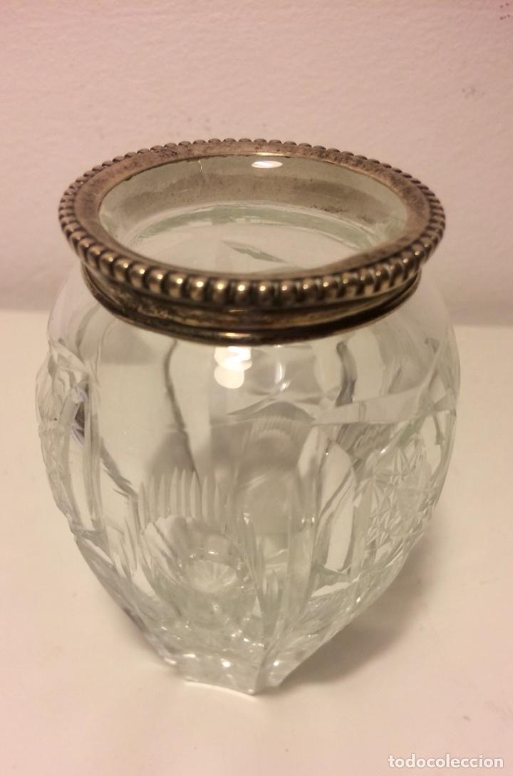 Antigüedades: Bote, tarro de cristal tallado, boca de plata marcada y con contrastes, años 20. - Foto 3 - 101900459