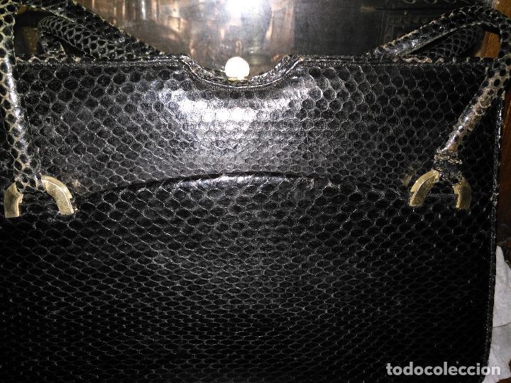 Antigüedades: bolso fiesta de piel de serpiente negro antiguo original con monedero - Foto 2 - 101924715