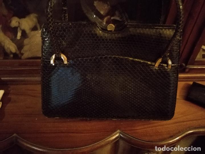 Antigüedades: bolso fiesta de piel de serpiente negro antiguo original con monedero - Foto 6 - 101924715