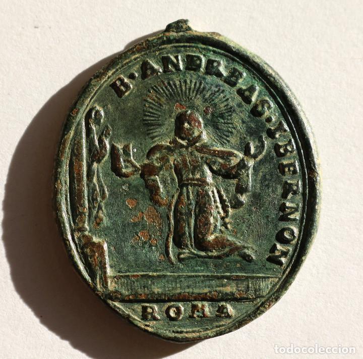 Antigüedades: ESCASA ANTIGUA MEDALLA BEATO ANDRES HIBERNON ROMA Y SAN PASCUAL BAILON S.XVII-XVIII - Foto 2 - 101940611