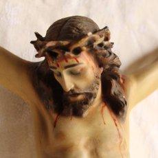 Antigüedades: ANTIGUO CRISTO JESUCRISTO CRUCIFICADO EN ESTUCO POLICROMADO. Lote 101969243